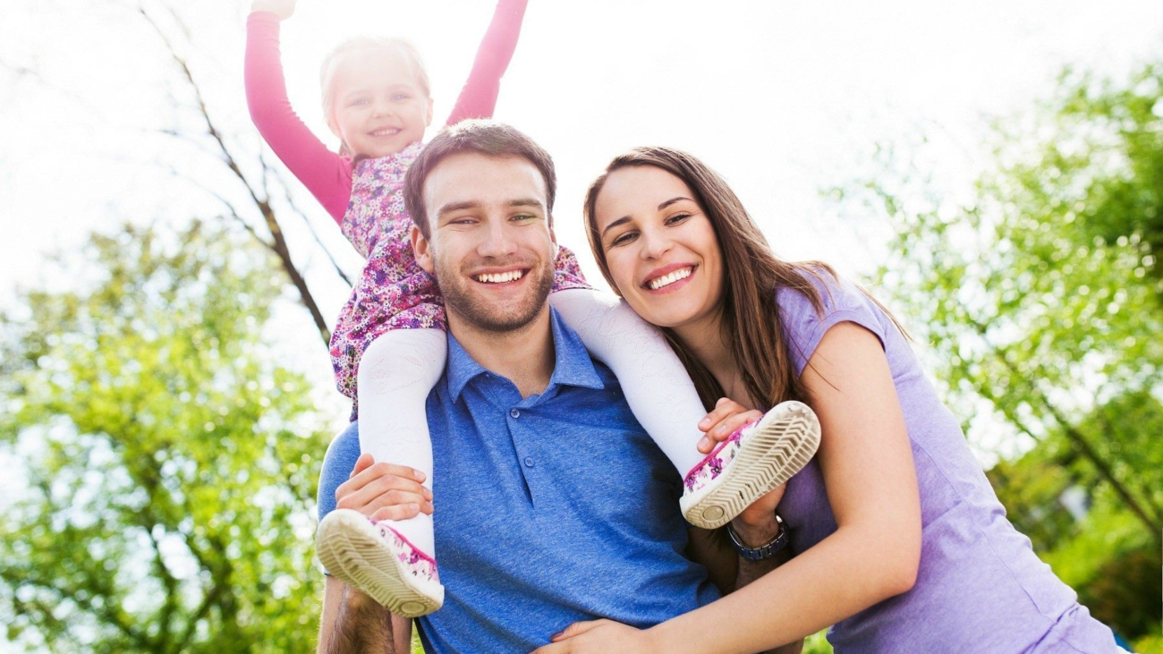 happy-family-of-baby-and-husband-wife-happy-family