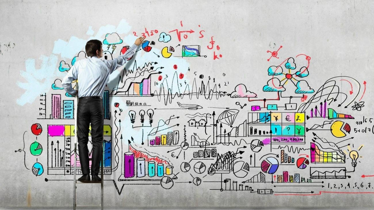 photodune-5350241-businessman-drawing-sketch-m-business