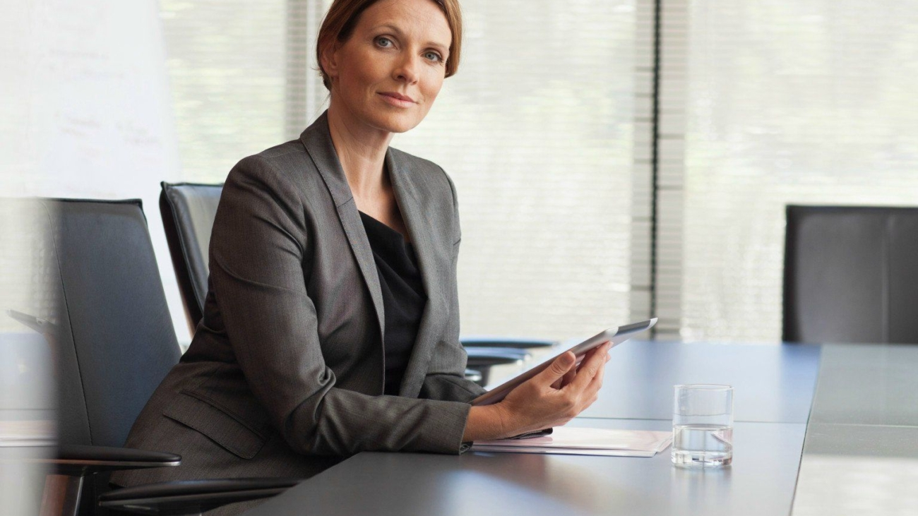 o-women-in-work-facebook-business-woman