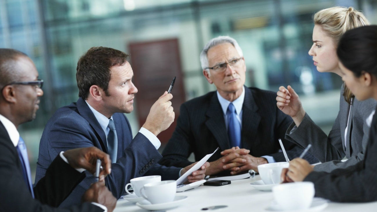 speaking-up-in-business-meeting-business