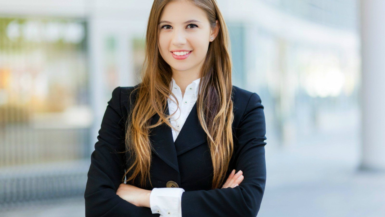 women-grooming-tips-for-interview-1-business-woman